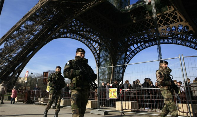 French security forces in Paris (file)